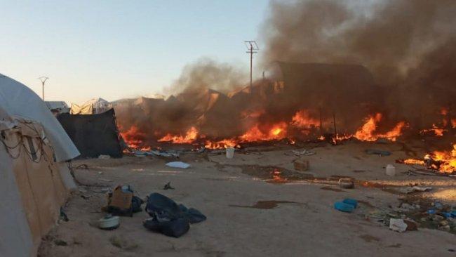 Rojava |Hol Kampı'nda yangın!