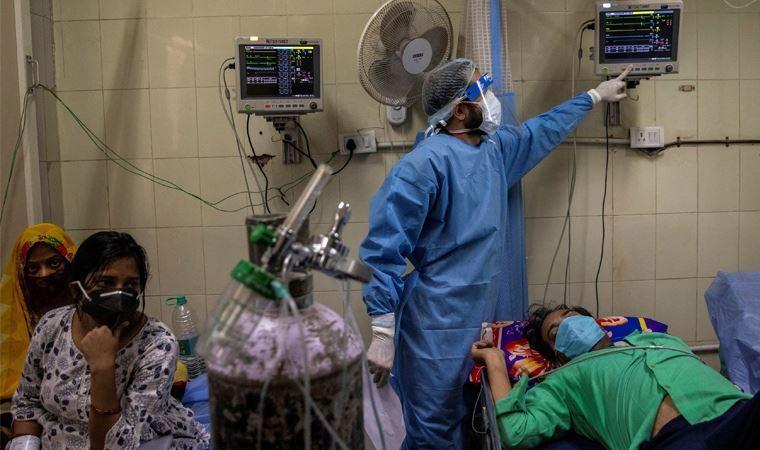 """Hindistan'da endişelendiren """"kara mantar"""" enfeksiyonu: Ölü sayısı artıyor!"""