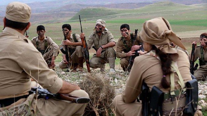 Hengaw: İran pasdarları Rojhılat'lı Peşmergeler'in bulunduğu araca saldırdı!