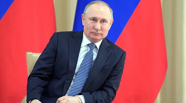 Putin'den Rus aşıları ve Kalaşnikof benzetmesi!