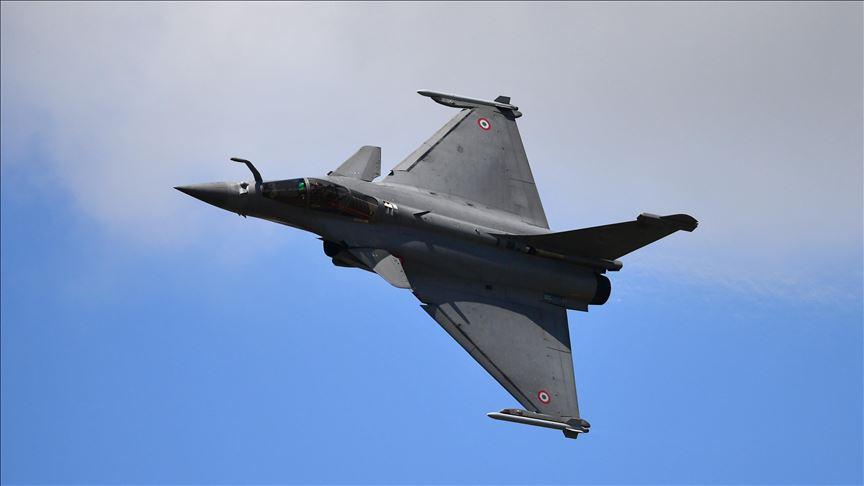 Yunanistan Fransa'dan savaş uçağı almaya devam ediyor