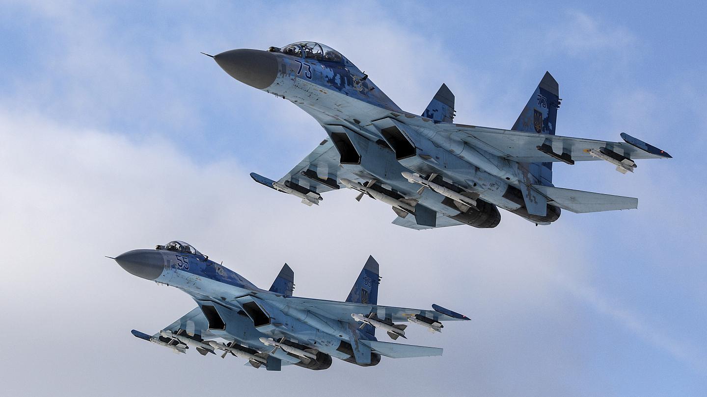 Rus savaş uçaklarından 'o bölgeye' bombardıman: 15 ölü!