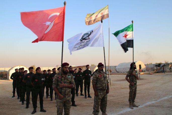 """Türkiye destekli silahlı gruplardan Suriye'de """"birleşme"""" hamlesi!"""