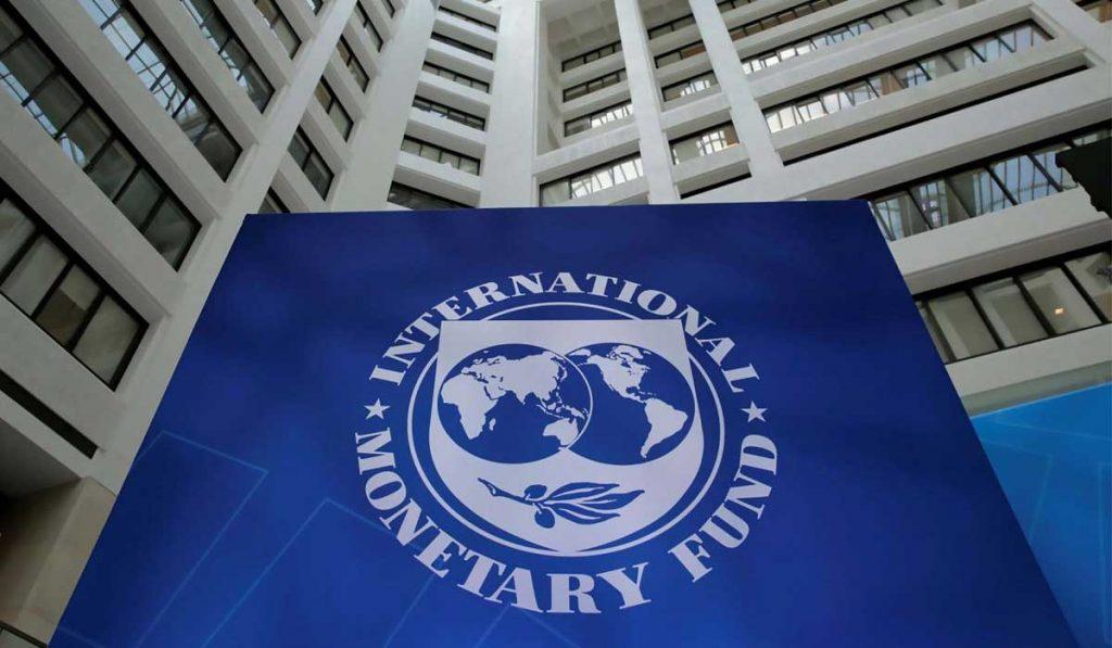 IMF Türkiye'nin büyüme tahminini düşürdü!