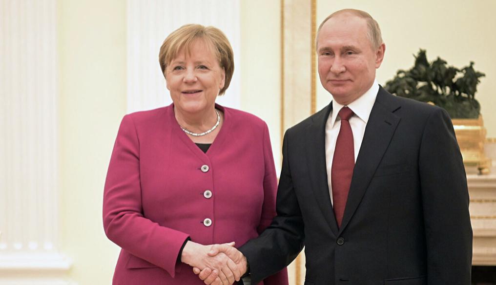 Merkel ve Putin görüşmesi başladı: Karşılıklı açıklama
