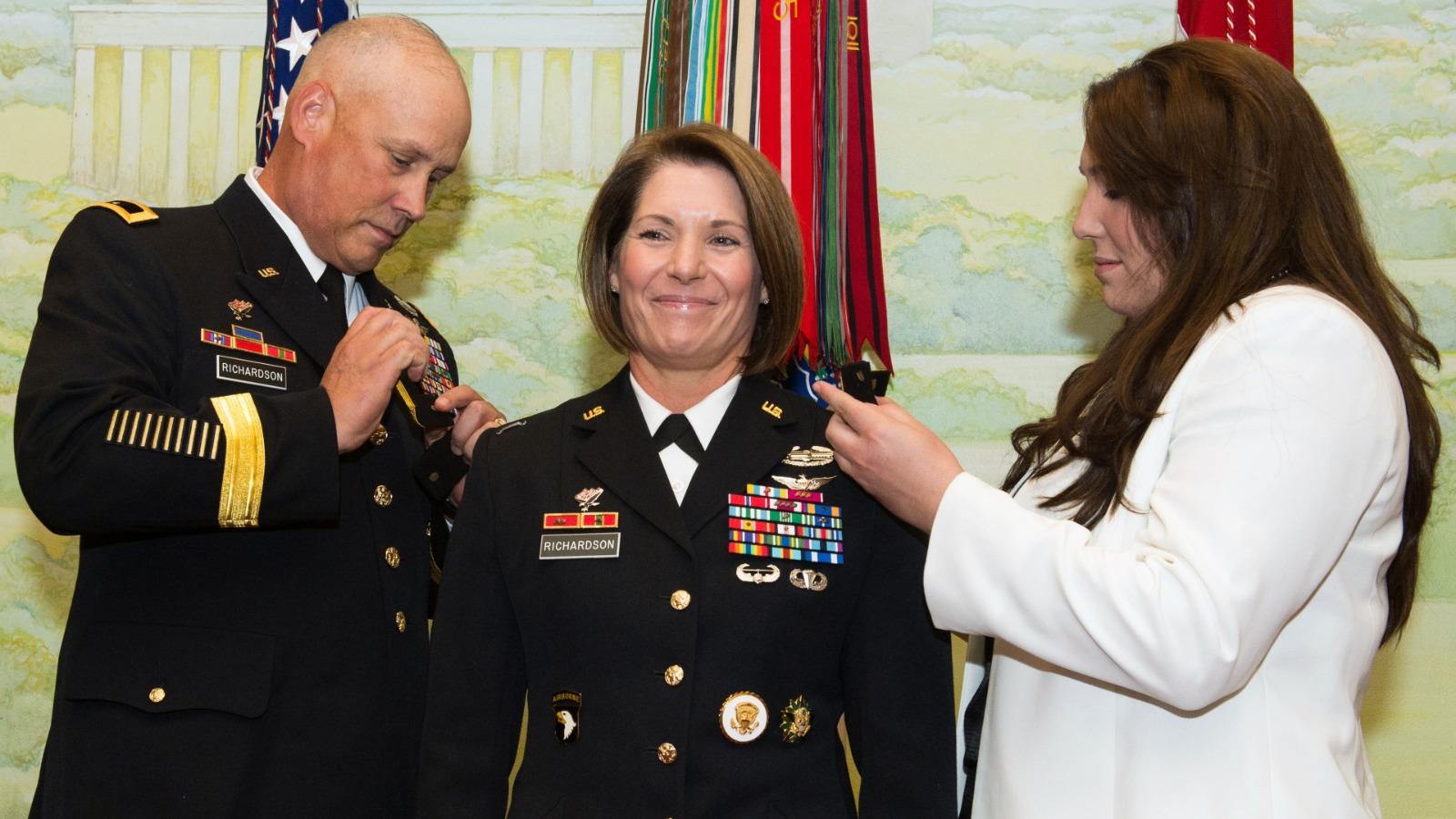 ABD'de Güney Komutanlığı'na ilk kez kadın general atandı