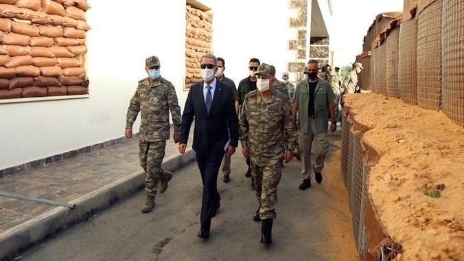 Akar'dan Afganistan açıklaması: Havaalanını işletmeye talibiz!
