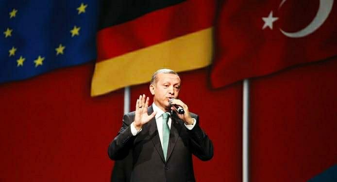 Almanya'dan Erdoğan'a aşı tepkisi: Halkını yanıltıyor!