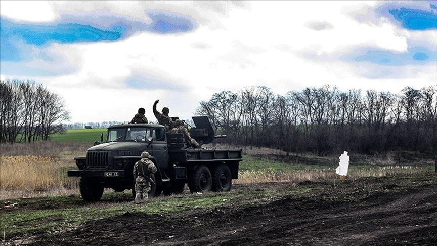 Donbas'ta Ukrayna ile Rus yanlısı güçler arasında çatışma!