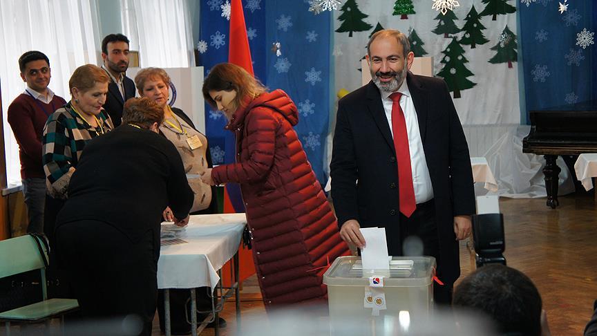 Ermenistan'da halk, parlamento seçimi için sandık başında!