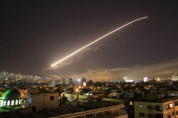 İsrail'den Suriye rejimi ve İran Devrim Muhafızları güçlerine hava saldırısı!
