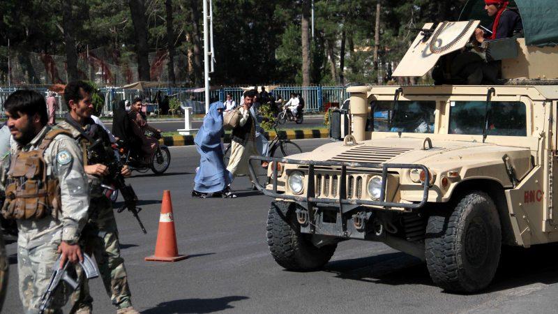 Taliban, tüm sınır geçişlerini ele geçirdi!