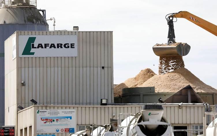 Fransa, Lafarge'ı IŞİD'e para aktarmaktan suçlu buldu!