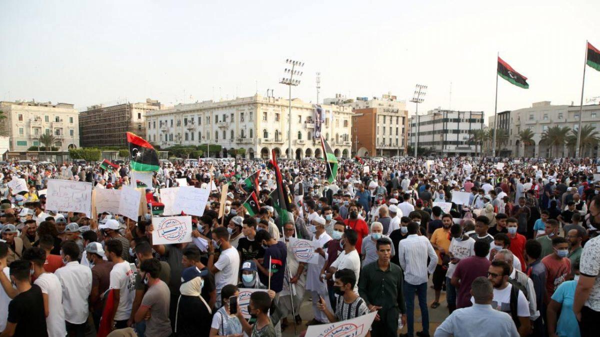 Libya halkı ayaklandı: Temsilciler Meclisi'ne öfke büyüdü!