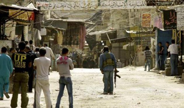 Lübnan'da mülteci kampında çatışma!
