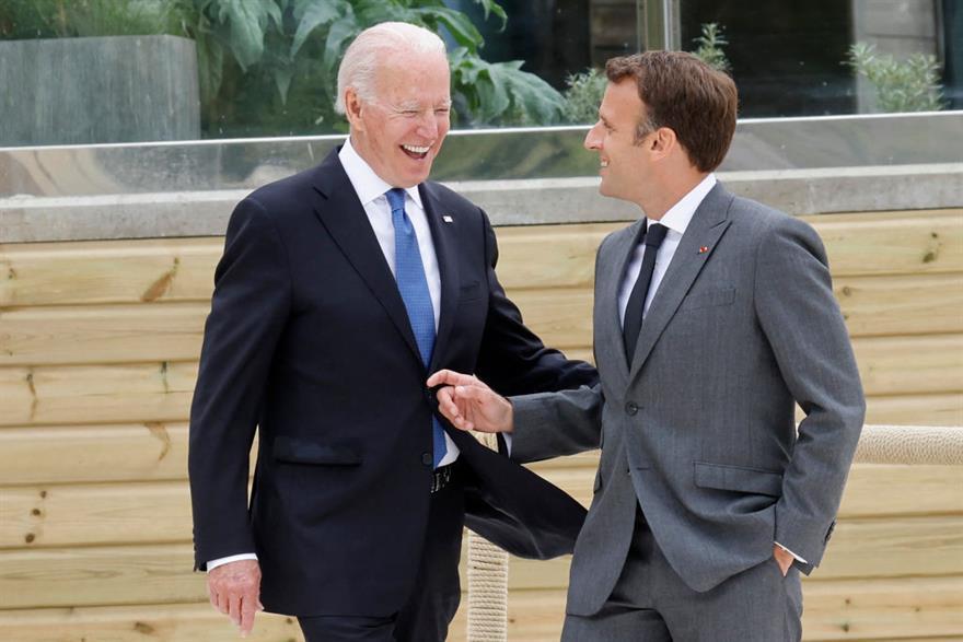 Biden: Macron ile en sert zorlukların üstesinden gelmeye hazırız