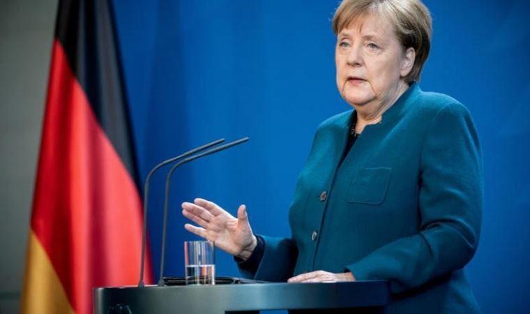 Ukrayna: Merkel, Rusya'yı Ukrayna'ya tercih etti!