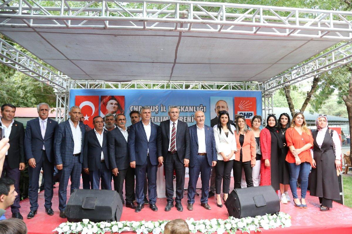 Muş | AKP milletvekili aday adayı 2 bin 500 kişiyle CHP'ye katıldı!