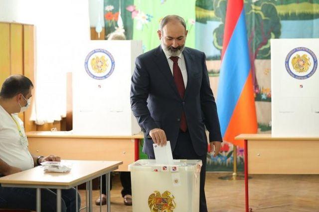 Ermenistan'da erken seçim: İlk sonuçlara göre Paşinyan...