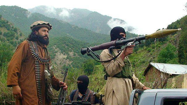 Taliban, Afganistan'da 3 bölgeyi kaybetti!