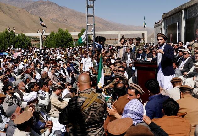 Rusya: Taliban Pençşir'e 'siyasi anlaşma' mesajı gönderdi!