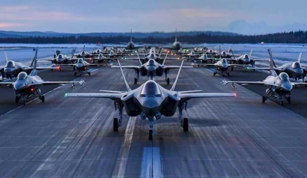 """ABD basını: """"F-35'lerin yüzde 15'inin motoru çalışmıyor"""""""