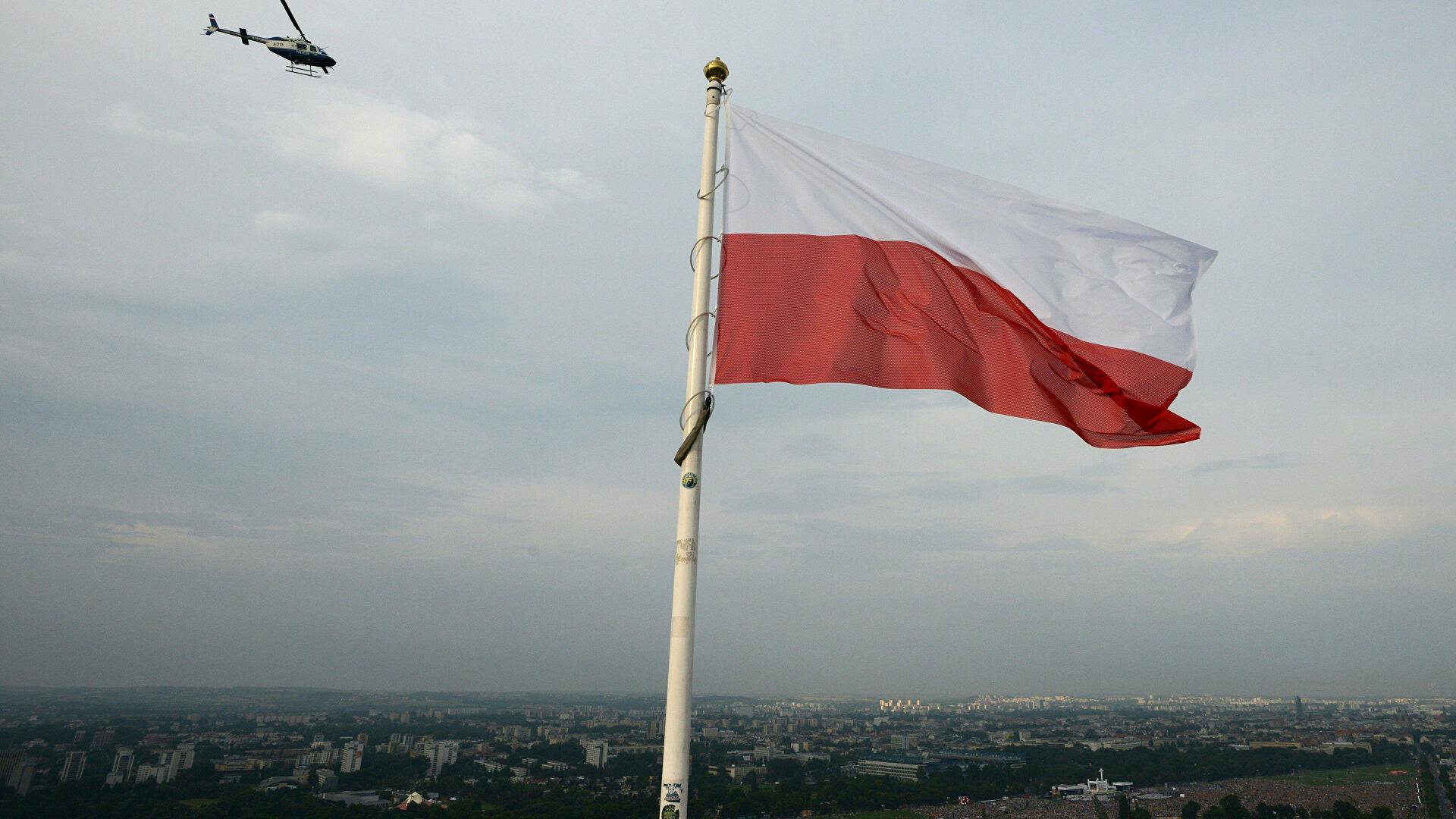 Polonya: Putin'den korunmak için duvar inşa ettik!
