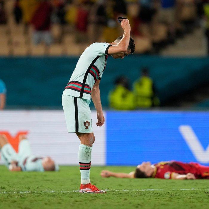 Ronaldo'lu son şampiyon Portekiz, EURO 2020'ye veda etti!