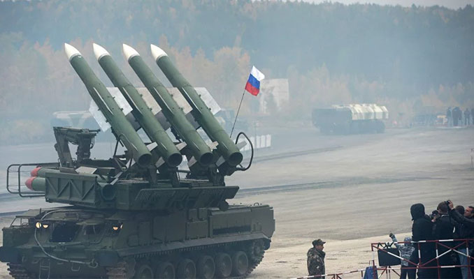 Rusya 'o bölgede' NATO'ya karşı teyakkuza geçti!