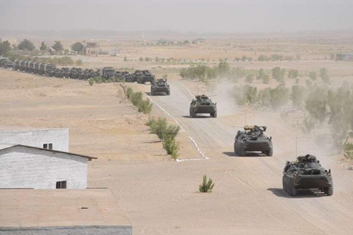 'O ülkelerden' Afganistan sınırında ortak tatbikat!