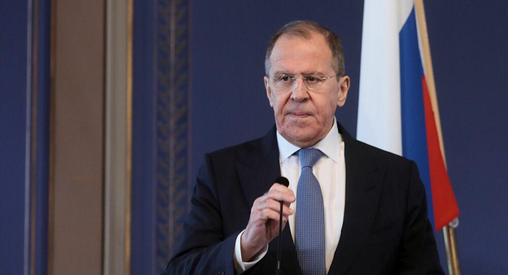 Lavrov Türkiye'yi suçladı: HTŞ'ye göz yumuluyor!