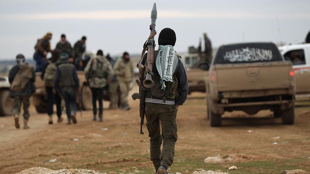 Rusya: Irak ve Suriye'deki militanlar, Afganistan'da toplanıyor!