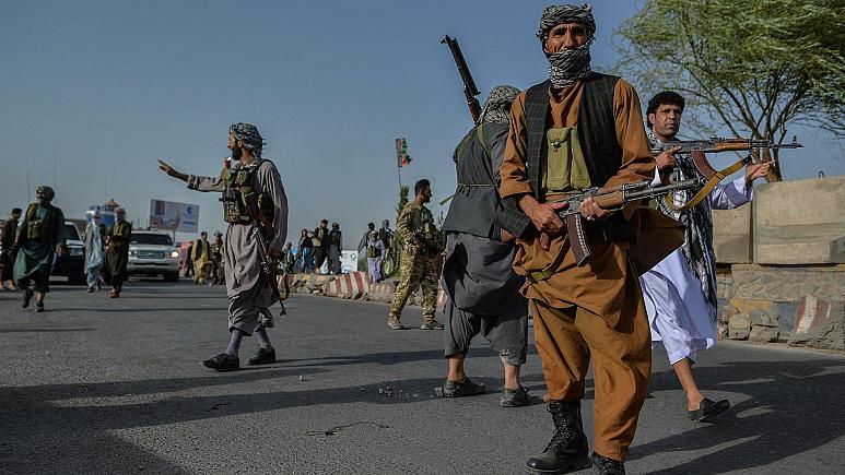 Afganistan hükümeti: Taliban Kabil'e girdi!