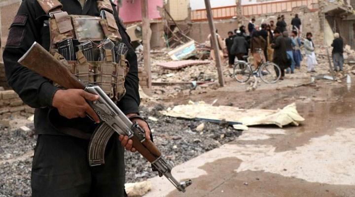 Taliban ele geçirdiği bölgede Kovid-19 aşısını yasakladı!