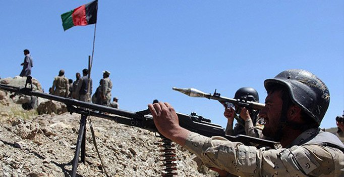 Afganistan | Taliban'dan kaçan 347 Afgan Tacikistan'a sığındı