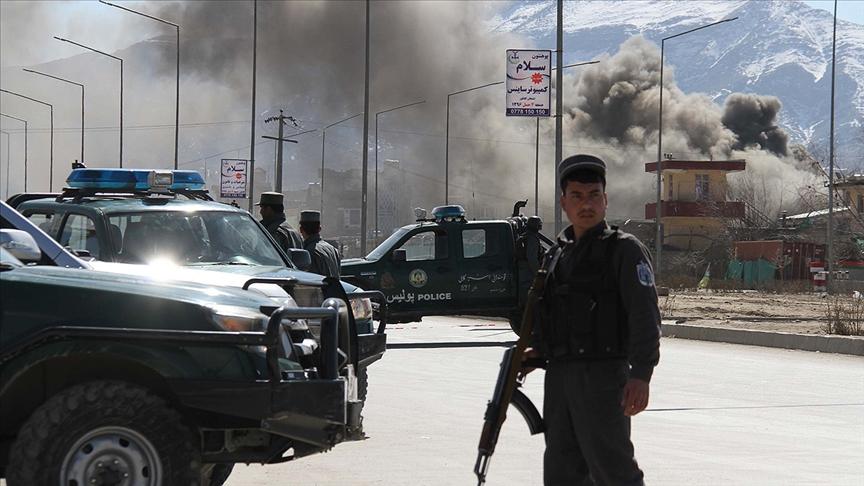 Afganistan ordusu duyurdu: Taliban'ın 'gölge valisi' öldürüldü