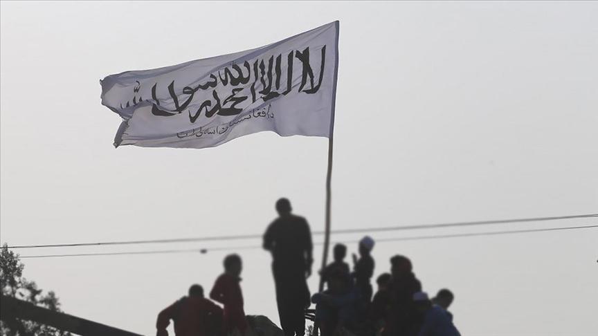 Taliban'dan, hükümet görevlilerine işlerine geri dönme çağrısı!