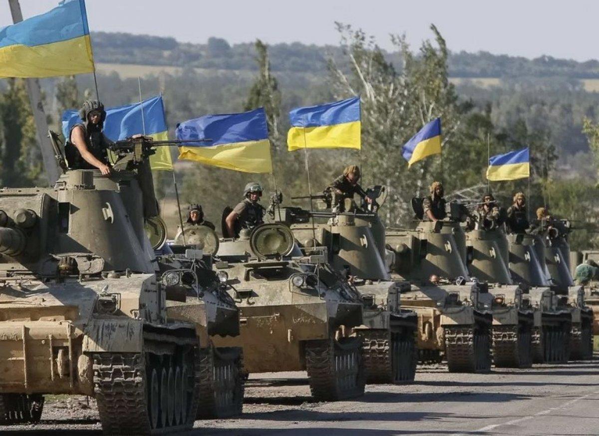 Rusya: Ukrayna'nın askeri hazırlıklarını biliyoruz!