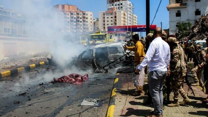 Yemen'de valiye bombalı saldırı: Ölü ve yaralılar var